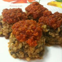 Bolitas de bulgur con lentejas Dupuy y boloñesa vegana