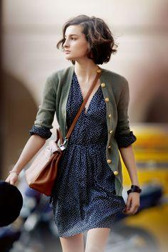 Street style: Ines de la Fressange daughter Nine Parisian Chic style Look Fashion, Fashion Beauty, Autumn Fashion, Womens Fashion, City Fashion, Spring Fashion Uk, Airport Fashion, Fashion Styles, New Fashion