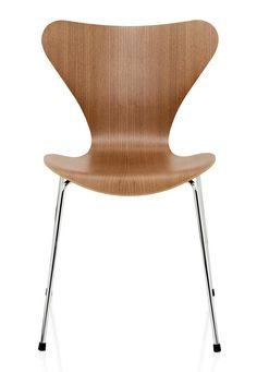 Chair Series 7 by Arne Jacobsen (1955) for Fritz Hansen