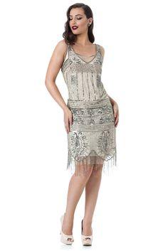 Linefringe - Vestido de alça bordado em toda sua extensão. #glam #fashion #cool #ootd #cute #style #trends #aboutalook