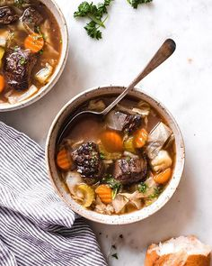 A hearty yet light cabbage beef soup that's low on the carbs but loaded with tons of flavor! Cabbage beef soup made with hearty vegetables and stew meat. Beef Soup Recipes, Cabbage Soup Recipes, Chicken Recipes, Honey Lemon Chicken, Butter Chicken, Cabbage And Beef, Barley Soup, Lentil Soup, Tandoori Masala