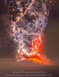 Calbuco Eruption 2015. by Francisco Negroni (Chile)