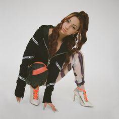 Danielle Bregoli Hot, Kylie, Adidas Jacket, Bomber Jacket, Baddie Hairstyles, Doja Cat, Celebs, Celebrities, New People