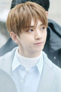 Seventeen Joshua Hong