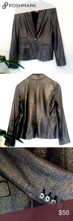 Tory Burch Metallic Woman's Blazer Tory Burch Metallic Woman's Blazer never altered, but fits to perfection.  Buttons under bust line for a flattering, feminine look, and the cut accents a pretty waste line.  Worn once for a Professional Christmas party, but is a creative piece that can be used for many events, socially and professionally.  Size 4 (with excellent length in the arms to work with!) Tory Burch Jackets & Coats Blazers