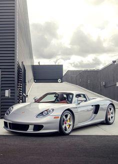 Porsche Carrera GT More