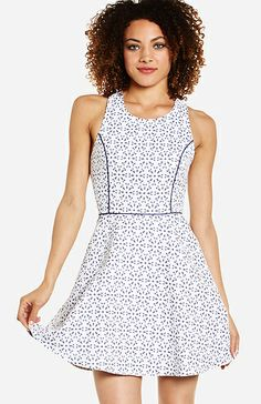 Daisy Fit and Flare Dress in White L | DAILYLOOK