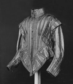 another doublet made from 1625 to 1630. It wouldn't look out of place in Pistofilo's military manual.