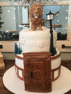 Narnia: Lion, the Witch and the Wardrobe cake