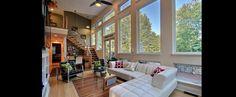 DiYanni Custom Homes > Portfolio > Living Area