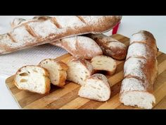 Knead before bedtime. Ready in the morning. Very SIMPLE French Baguette Bread Recipe Pan Baguette Receta, Baguette Bread, French Baguette, Pane Baguette, Apple Recipes, Bread Recipes, Cake Recipes, Home Made Puff Pastry, Pizza