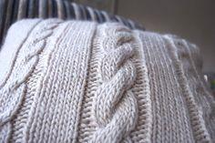 knit pillow pattern