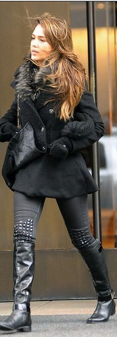 Who made  Jessica Alba's black coat and studded gray skinny jeans?