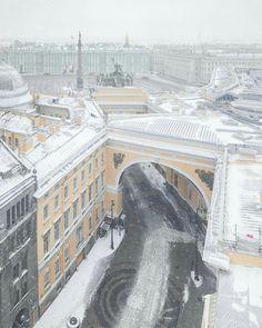 St Petersburg Russia, City Wallpaper, Our World, Paris Skyline, Rome, Beautiful Places, Saints, To Go, Castle