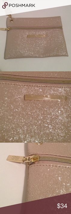 Jones Of NY Wristlet With Charger NWOT  ' Sparkly ' Tan Color Wristlet With Charger , Bought For A Trip And Didn't End Up Using ! Jones New York Bags Clutches & Wristlets
