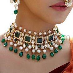 Vanisha Necklace