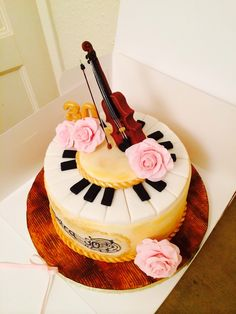 Violin, pink roses, piano, vintage gold 30th birthday cake. By CORALICIOUS CAKES.
