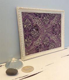 Le chouchou de ma boutique https://www.etsy.com/ca-fr/listing/268527855/babillard-aimante-recouvert-tissu-prune