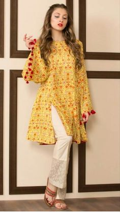 Pakistani Style Designers are one of the best designers within the textile trade all around the world. These designers cherish the thoughts of the you. Simple Pakistani Dresses, Pakistani Fashion Casual, Pakistani Dress Design, Pakistani Outfits, Indian Fashion, Stylish Dresses For Girls, Stylish Dress Designs, Casual Summer Dresses, Simple Dresses