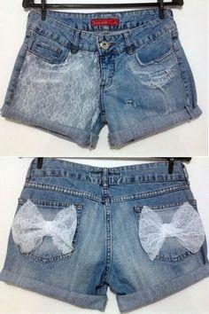 Shorts Jeans com renda e laços R$65,00. -   Tamanhos 36 a 44 (+). -   Preto e Azul.
