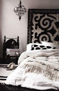 7 Whole Clever Tips: Remodel Bedroom Furniture simple bedroom remodel house plans.Remodel Bedroom Furniture bedroom remodel per square foot. Moroccan Bedroom, Moroccan Interiors, Ethnic Bedroom, Boho Chic Interior, Interior Design, Bedroom Themes, Bedroom Decor, Bedroom Ideas, Bedroom Designs