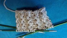 Ulla 01/18 - Artikkelit - Vaihtelua joustinneuleelle Knitting Charts, Knitting Socks, Wool Socks, Designer Socks, Diy And Crafts, Crochet Necklace, 18th, Hair Accessories, Crafty