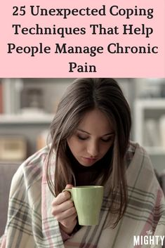 25 Unexpected Coping Techniques That Help People Manage Chronic Pain #chronicpain Prevent Arthritis, Yoga For Arthritis, Natural Remedies For Arthritis, Knee Arthritis, Rheumatoid Arthritis Symptoms, Types Of Arthritis, Chronic Kidney Disease, Chronic Pain, Loosing Weight