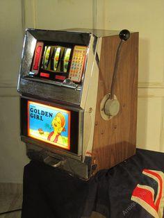 Antique Vintage One Arm Bandit Fruit Machine, Slot Machine