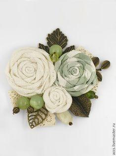 """Брошь """"Весенний букет"""" - брошь в форме цветков - Украшения ручной работы - Ярмарка Мастеров http://www.livemaster.ru/item/13320531-ukrasheniya-brosh-vesennij-buket-brosh-v-forme"""