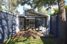 This Modern Tropical Home is a Granny Flat for a Hip Elderly Couple House Plans Australia, Roof Cladding, Narrow House Designs, Steel Frame House, Small Terrace, Container House Plans, House Siding, Granny Flat, Tropical Houses