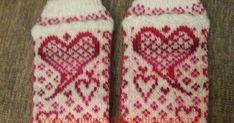 I disse dagene kommer vinteren snikende rundt hushjørnene her på Vestlandet. Det er begynt å bli litt mer enn høstkaldt og iskrystallene fra... Socks, Fashion, Moda, Fashion Styles, Sock, Stockings, Fashion Illustrations, Ankle Socks, Hosiery