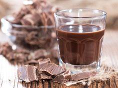 Nutella, Kinderschokolade und Rocher als Likör: Das hört sich absolut himmlisch anWenn es draußen so richtig kalt ist, machen wir es uns