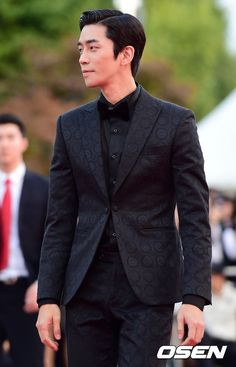 Shin Sung-rok My new obsession Korean Male Models, Korean Celebrities, Korean Wave, Korean Star, Asian Actors, Korean Actors, Korean Drama Stars, Asian Men Fashion, Korean People