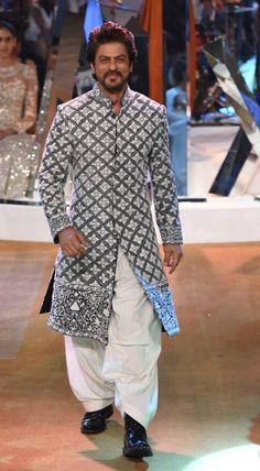 Hello Everyone, Please check latest bolloywood things here. Sherwani For Men Wedding, Wedding Dresses Men Indian, Sherwani Groom, Mens Sherwani, Wedding Dress Men, Mens Indian Wear, Mens Ethnic Wear, Indian Men Fashion, Mens Fashion Suits