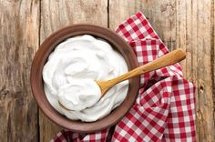 How to Substitute Cream for vegan eating - Dairy-Free options for Coffee Creamer, Sour Cream, Light & Heavy Cream, and Whipped Cream Dairy Free Snacks, Dairy Free Breakfasts, Dairy Free Diet, Dairy Free Recipes, Gluten Free, Vegan Recipes, Vegan Blogs, Vegan Snacks, Cream Recipes