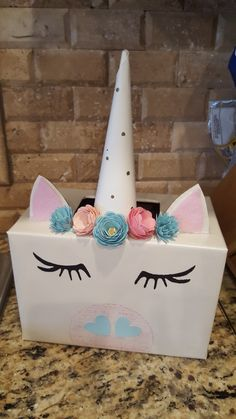 DIY Unicorn Projects DIY Unicorn Projects DIY Unicorn Valentines Box<br> Get on trend with these awesome diy unicorn projects. Valentine Boxes For School, Valentines Day Party, Valentines For Kids, Valentine Day Crafts, Valentine Ideas, Printable Valentine, Homemade Valentines, Valentine Wreath, Wraps