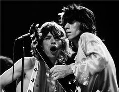 Keith Richards & Mick Jagger by Bob Gruen (1972, NYC) / exhibition Blender gallery 2012, 50 years of the Rollong Stones