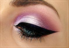 Lilac and eyeliner look
