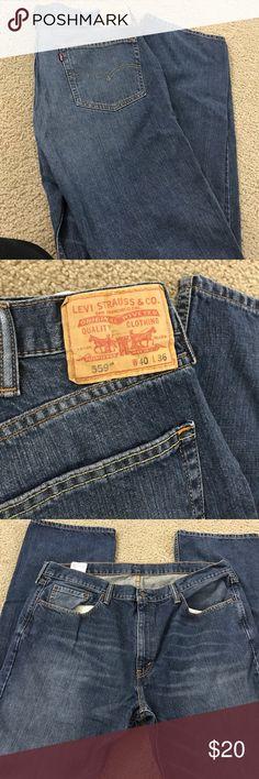 Men's Levi's jeans 559 size 40w 36L Men's Levi's jeans 559 size 40w 36L. Worn but good condition. Levi's Jeans Relaxed