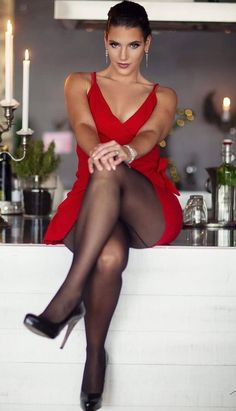 Black tights and stockings. Great Legs, Beautiful Legs, Gorgeous Women, Gorgeous Body, Sexy Outfits, Sexy Dresses, Dress With Stockings, Sexy Stockings, Black Pantyhose