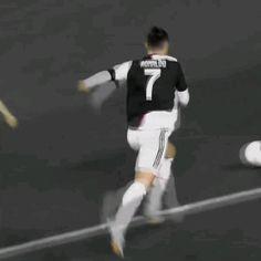 Messi Hd, Messi And Neymar, Messi And Ronaldo, Neymar Videos, Ronaldo Videos, Football Tricks, Football Gif, Football Videos, Video Juventus