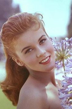 Ann Margret - oh how her and Elvis should have been together. Stupid Prescilla got in the way.
