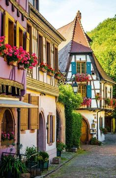 Kayserberg, Alsace, France Places Around The World, Travel Around The World, Around The Worlds, Places To Travel, Travel Destinations, Places To Visit, Holiday Destinations, Wonderful Places, Beautiful Places