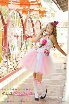 Katy Perry Costume Candyland Corset and Tutu Set Dress Reserved for Holly Halloween Costumes Women Creative, Kids Costumes Girls, Group Halloween Costumes, Christmas Costumes, Halloween Outfits, Costumes For Women, Halloween Designs, Candy Costumes, Carnival Costumes