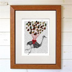 Dotty Dictionary - Ostrich Flying With Butterflies, impression sur page ancienne, 20,5x27cm