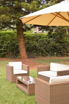 Despite the rain, we are thinking of the sunny holidays to come. Love our VITENDI LTD outdoor furniture.