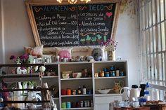 Seis lugares únicos para comprar plantas y flores  Te podés llevar cosas riquísimas del almacén.  /Cecilia Wall