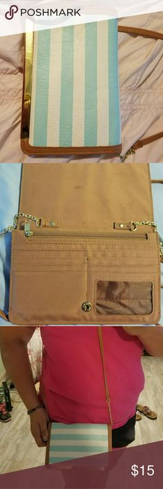 Over the shoulder purse Super cute and perfect if you don't want to carry around a huge purse. Bags Crossbody Bags