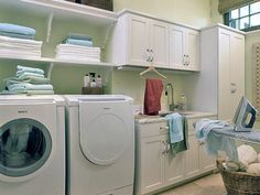 I love this laundry room!