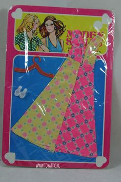 Barbie sized fashion Moden Schau clone fashion summer dress with shoes NRFB